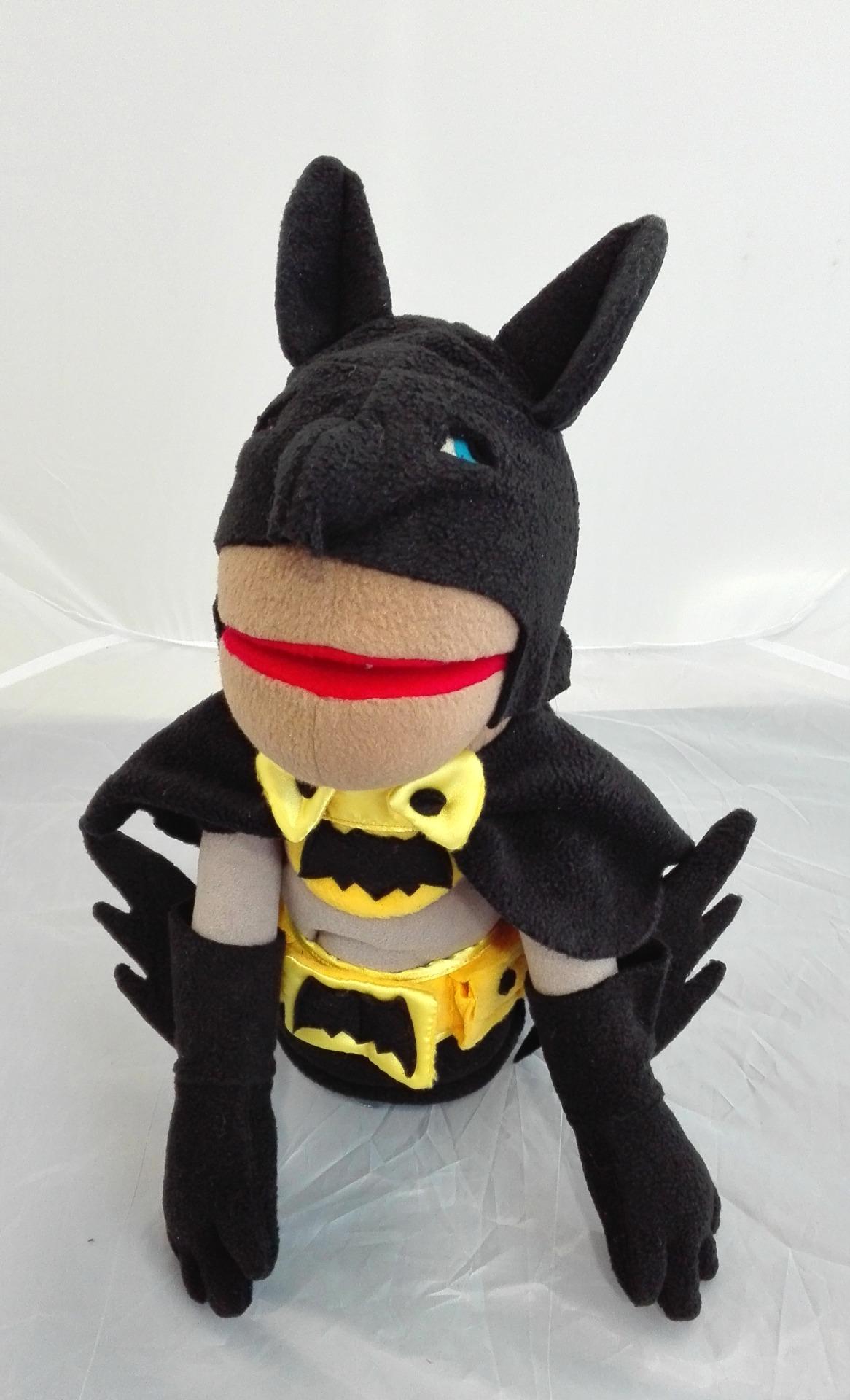 Бэтмен кукла