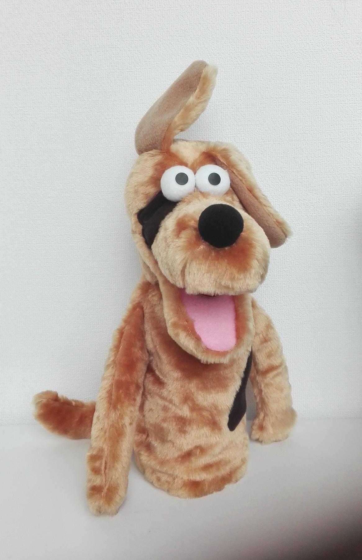 Собака кукла маппет с открывающимся ртом